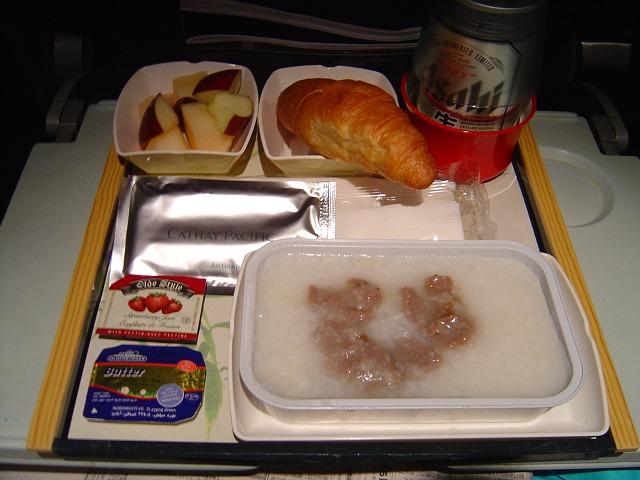キャセイパシフィック航空エコノミークラス機内食