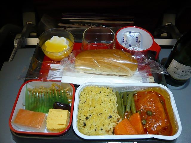 カンタス航空QF22便エコノミークラス機内食