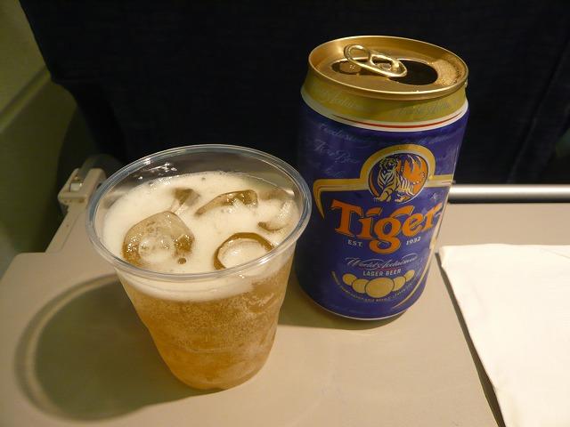 タイガーエアウェイズ航空エコノミークラス機内食