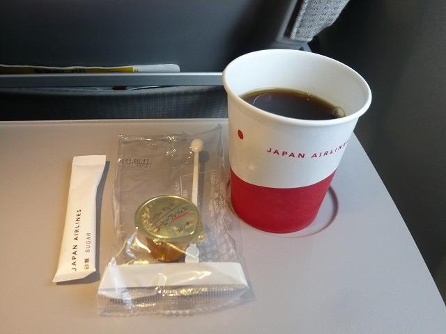 日本航空エコノミークラス機内食