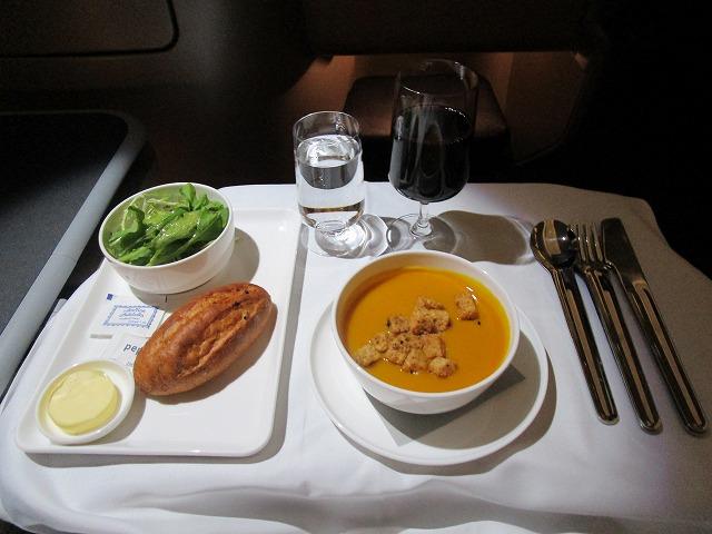 カンタス航空 ビジネスクラス 機内食