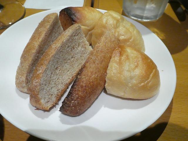 お通し パン