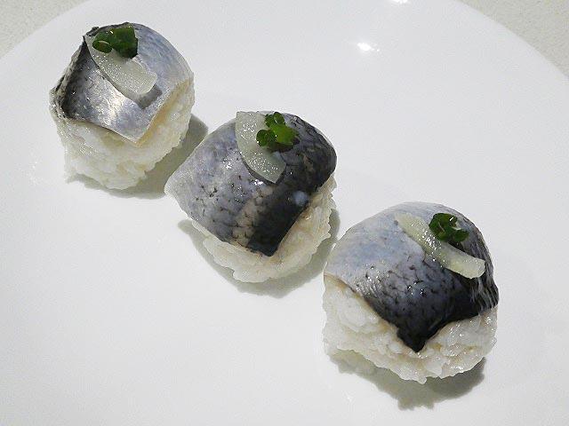 しめニシンの手まり寿司